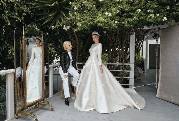 Mirazfdnda-Kerr-wedding-day-Vogue.jpg